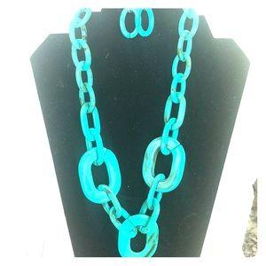 BNWT Paparazzi acrylic turquoise necklace & earrin